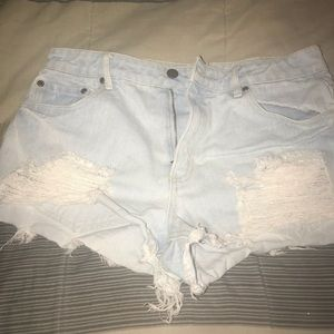 Light blue denim distressed jean shorts 💙 F21 XXI